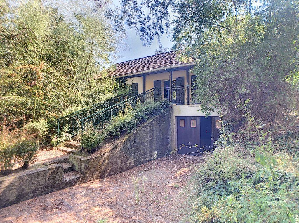 Maison à vendre 4 96m2 à Saulzais-le-Potier vignette-1