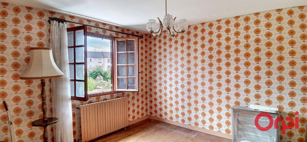 Maison à vendre 6 99m2 à Commentry vignette-6