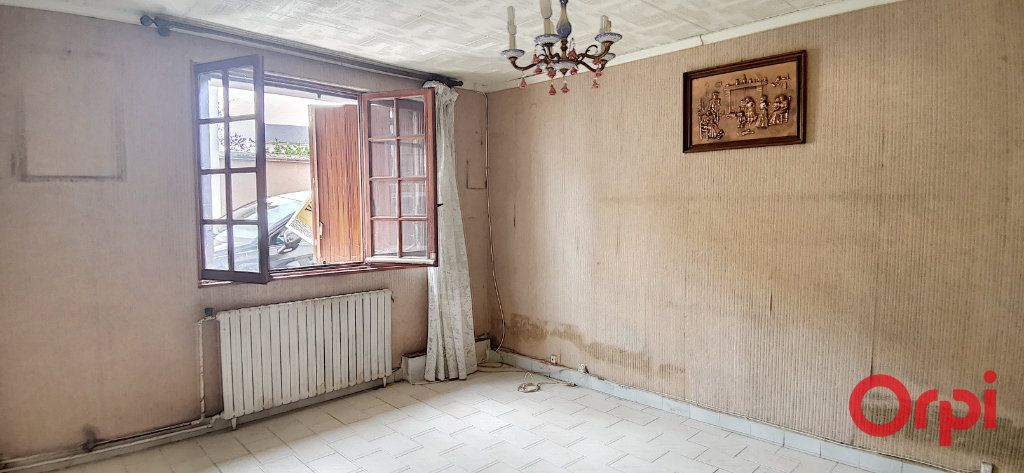 Maison à vendre 6 99m2 à Commentry vignette-11