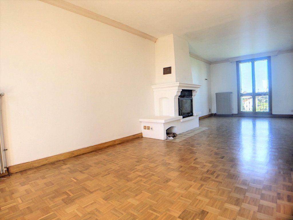 Maison à vendre 5 97m2 à Vallon-en-Sully vignette-5