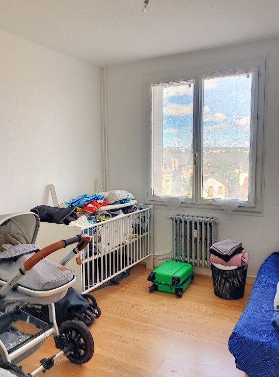 Appartement à vendre 5 96m2 à Montluçon vignette-7
