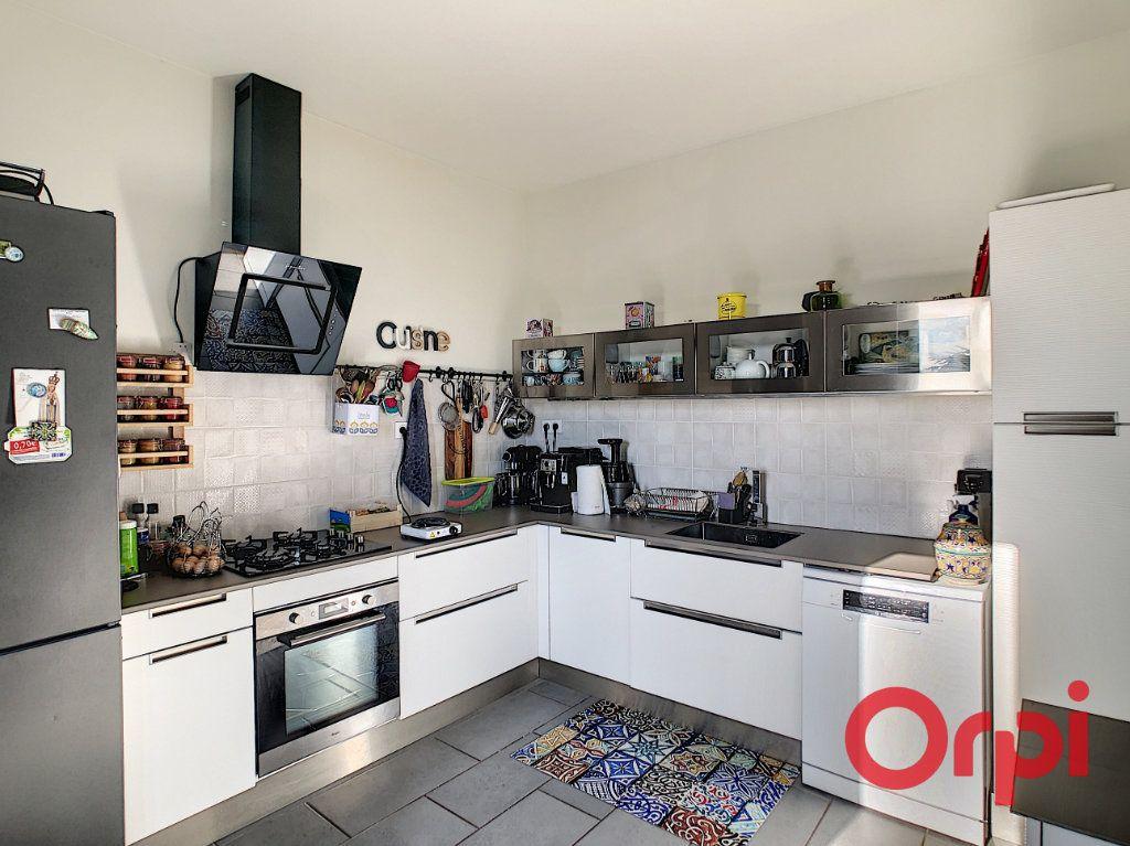 Maison à vendre 6 115.67m2 à Montluçon vignette-4
