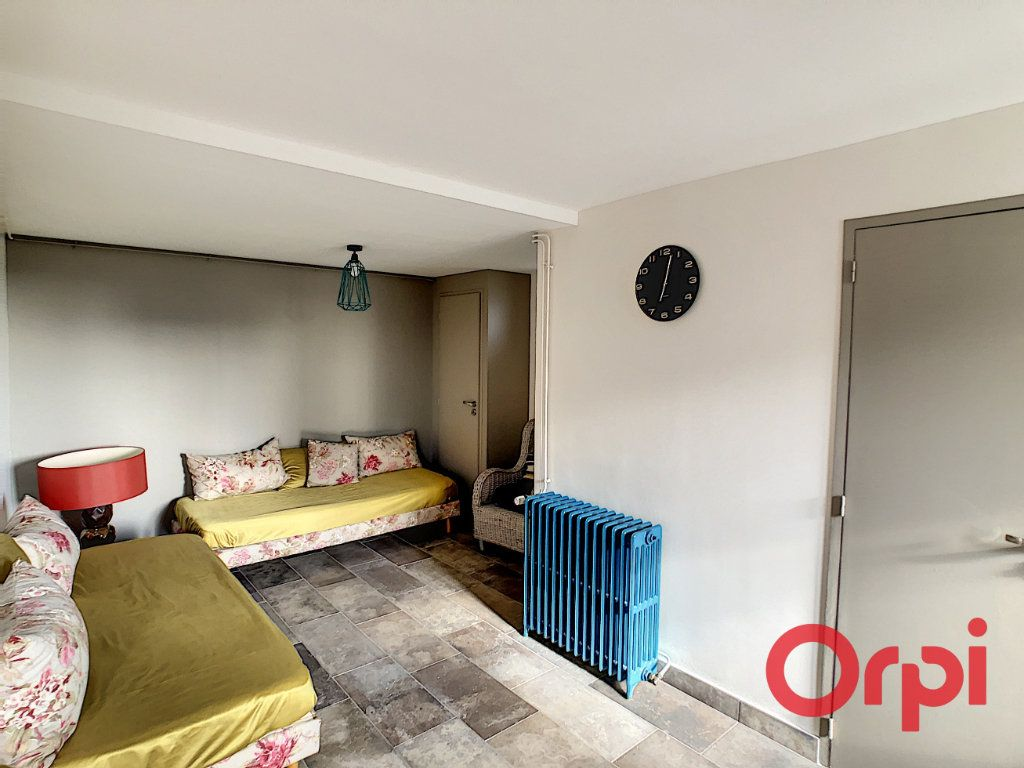 Maison à vendre 6 115.67m2 à Montluçon vignette-6