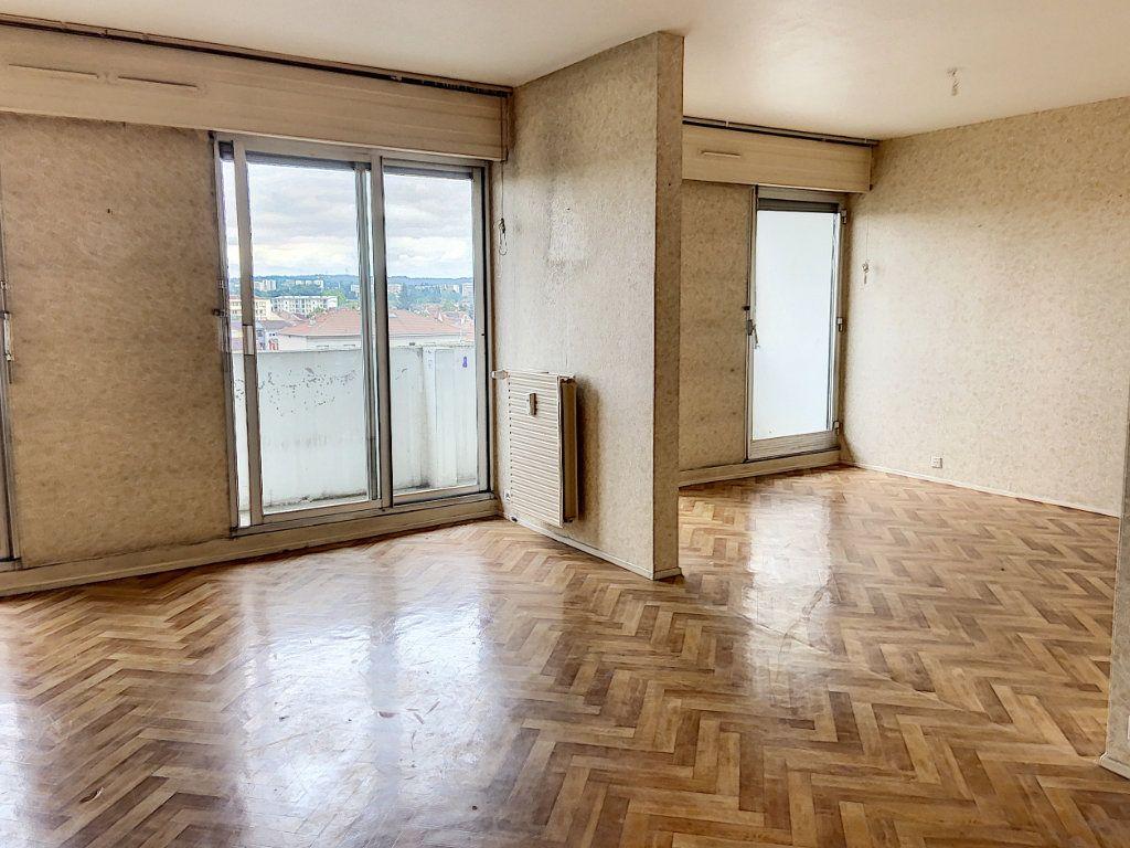 Appartement à vendre 4 90.91m2 à Montluçon vignette-3