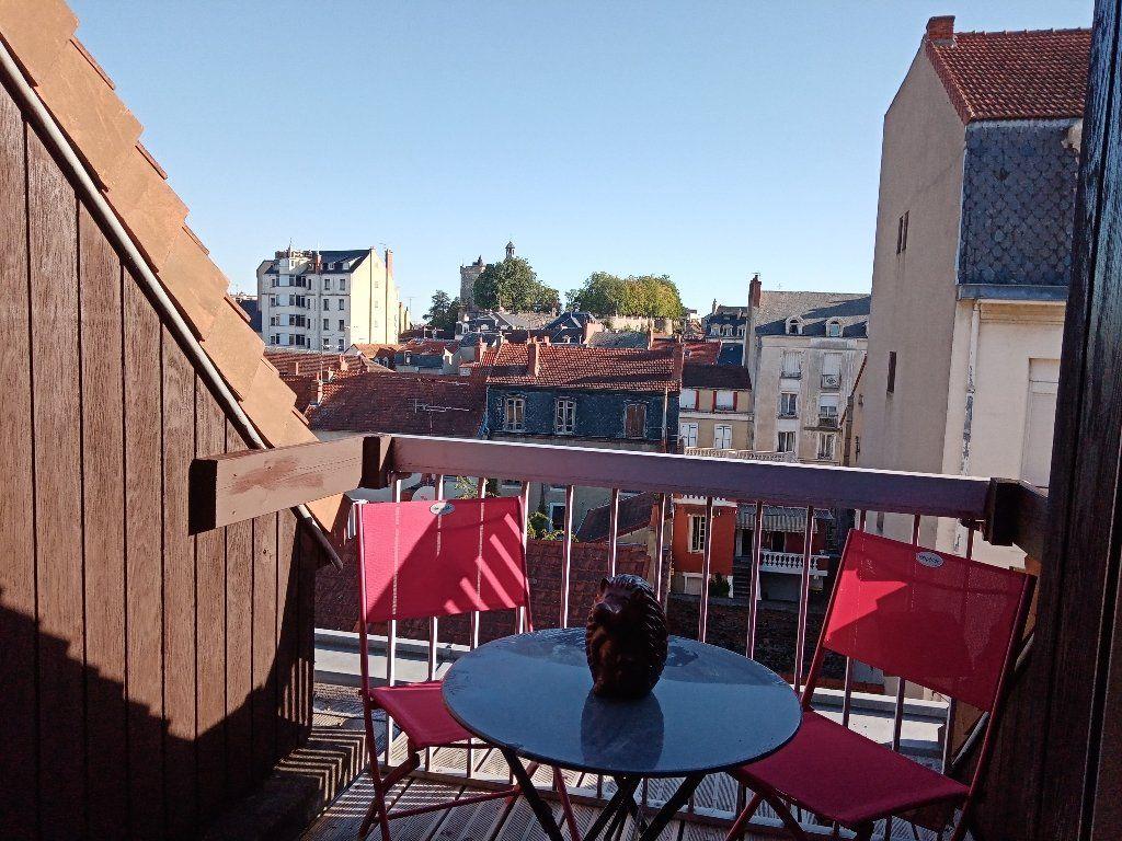 Appartement à vendre 2 39m2 à Montluçon vignette-1