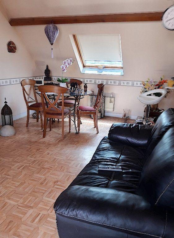 Appartement à vendre 2 39m2 à Montluçon vignette-3