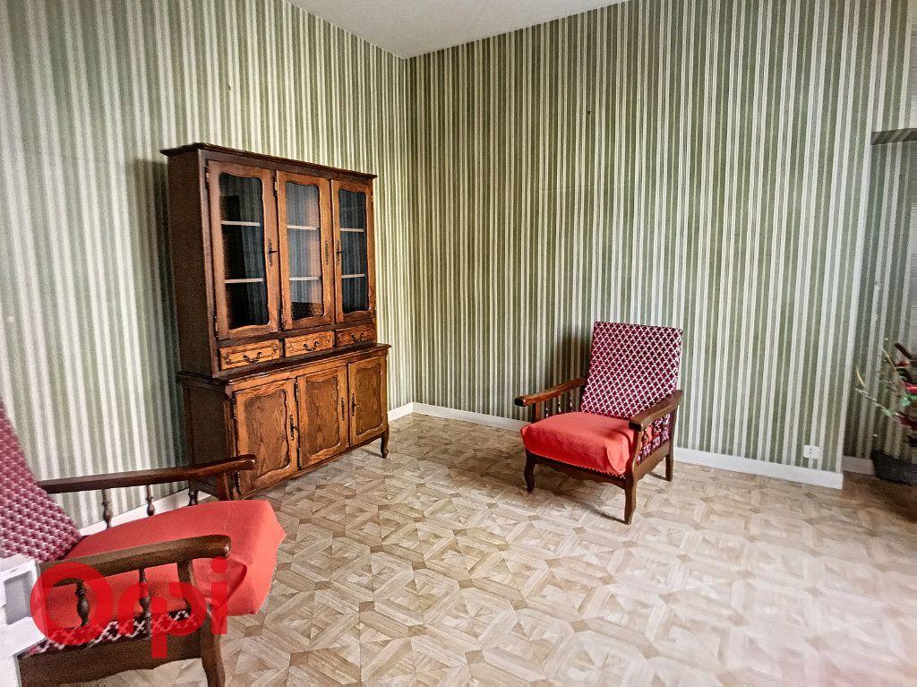 Maison à vendre 10 171m2 à Montluçon vignette-8