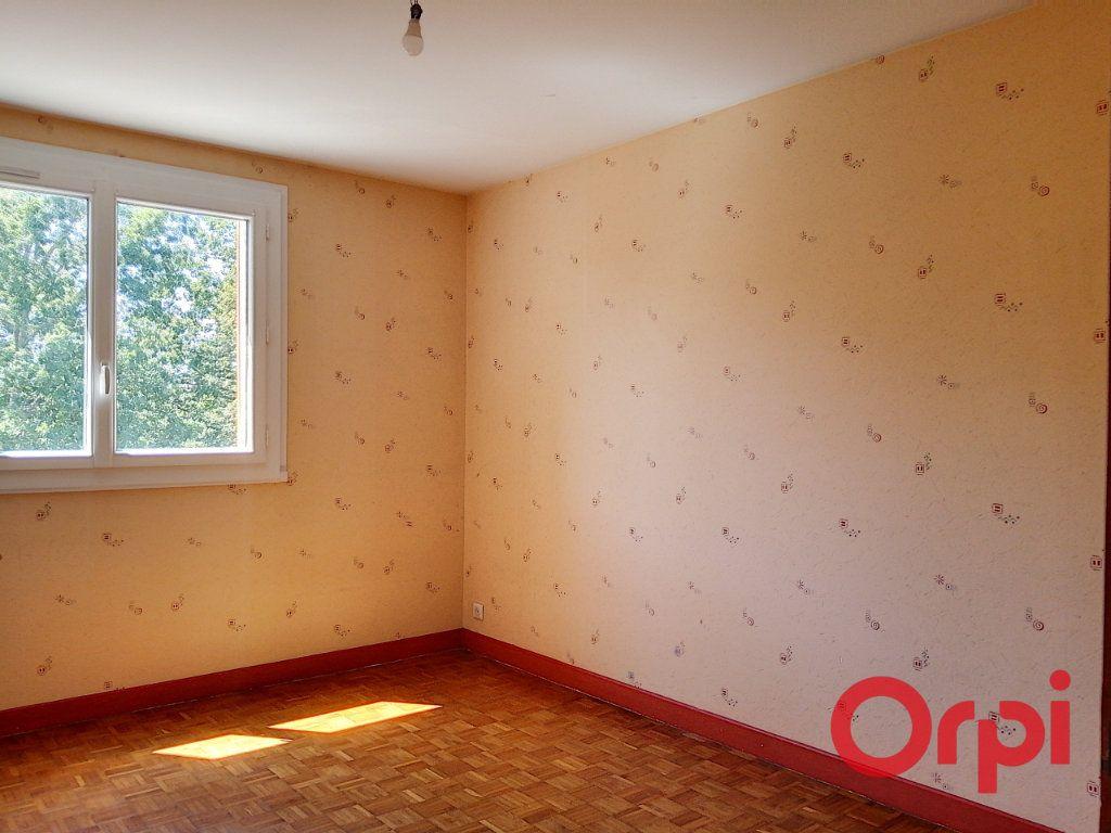 Appartement à vendre 3 76m2 à Montluçon vignette-11