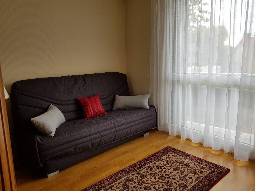 Appartement à vendre 5 98m2 à Montluçon vignette-15