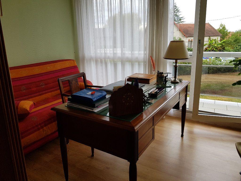 Appartement à vendre 5 98m2 à Montluçon vignette-16
