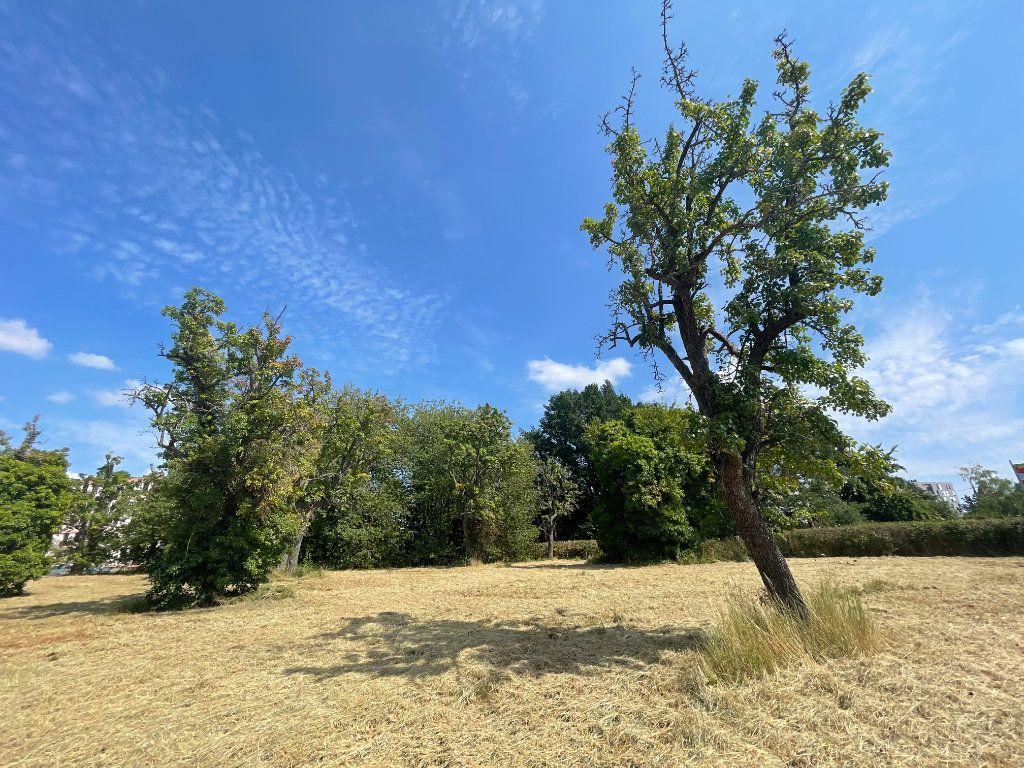 Terrain à vendre 0 4611m2 à Montluçon vignette-3