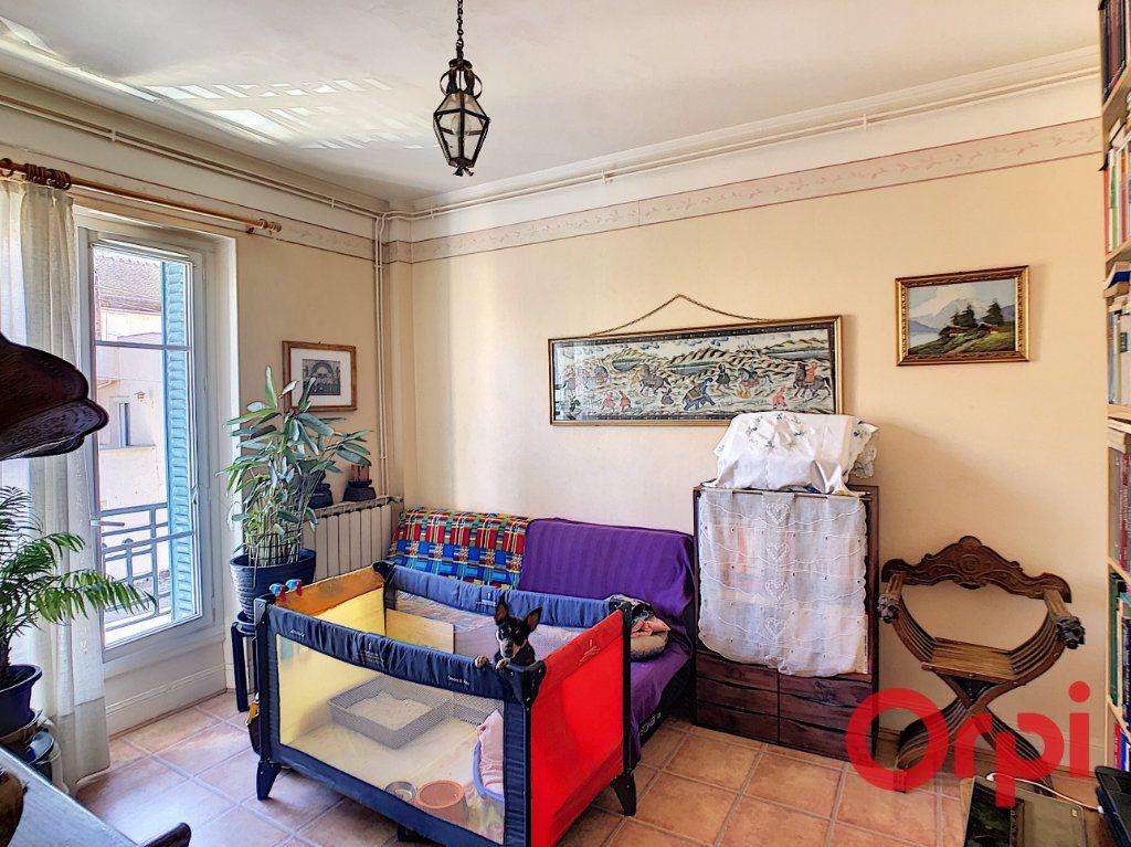 Appartement à vendre 3 56.93m2 à Montluçon vignette-8
