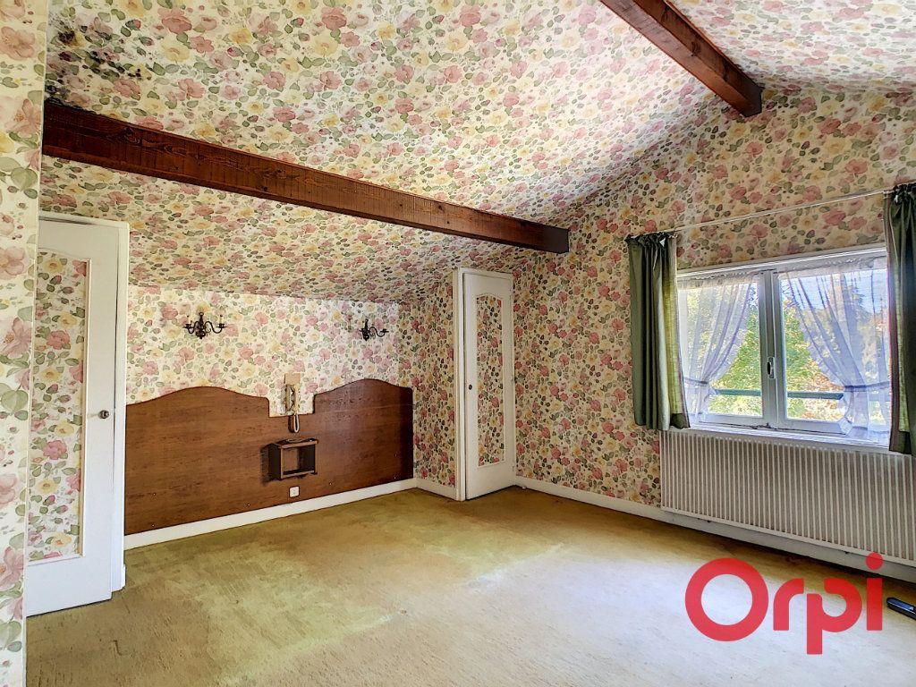 Maison à vendre 8 174m2 à Néris-les-Bains vignette-11
