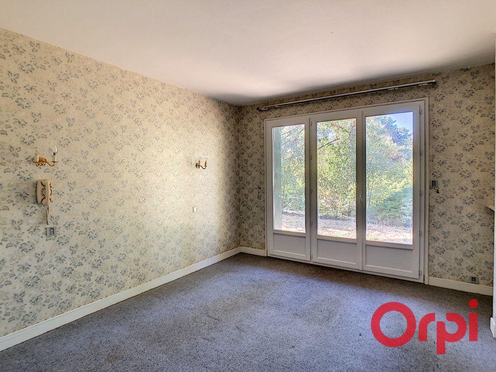 Maison à vendre 8 174m2 à Néris-les-Bains vignette-12