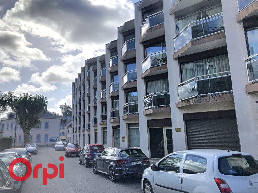 Appartement à vendre 5 89m2 à Montluçon vignette-2