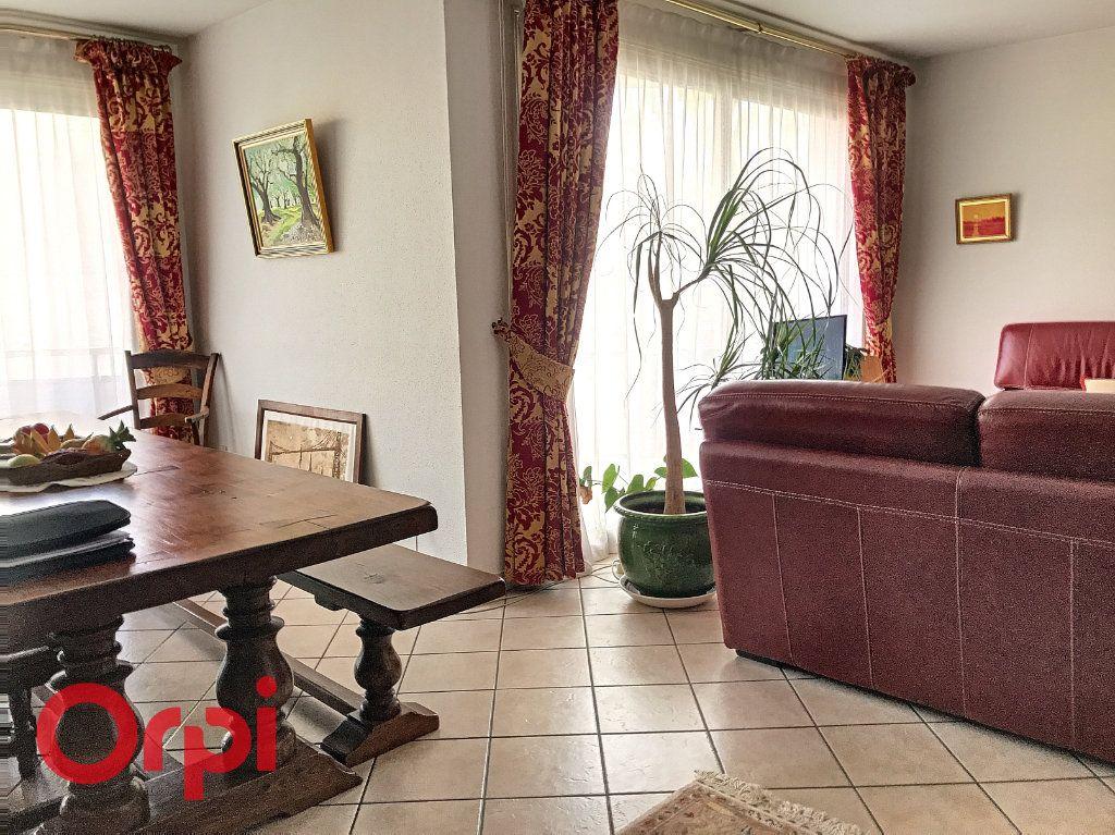 Appartement à vendre 5 89m2 à Montluçon vignette-10