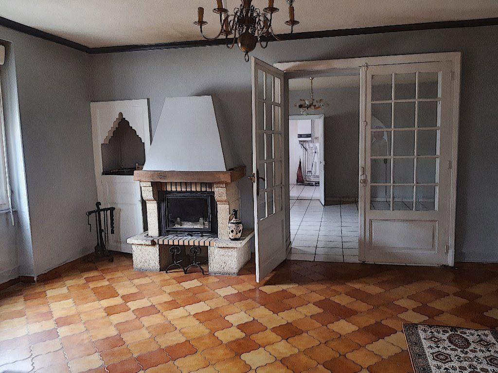 Maison à vendre 5 124m2 à Montluçon vignette-1