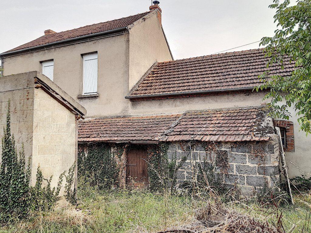 Maison à vendre 5 124m2 à Montluçon vignette-14