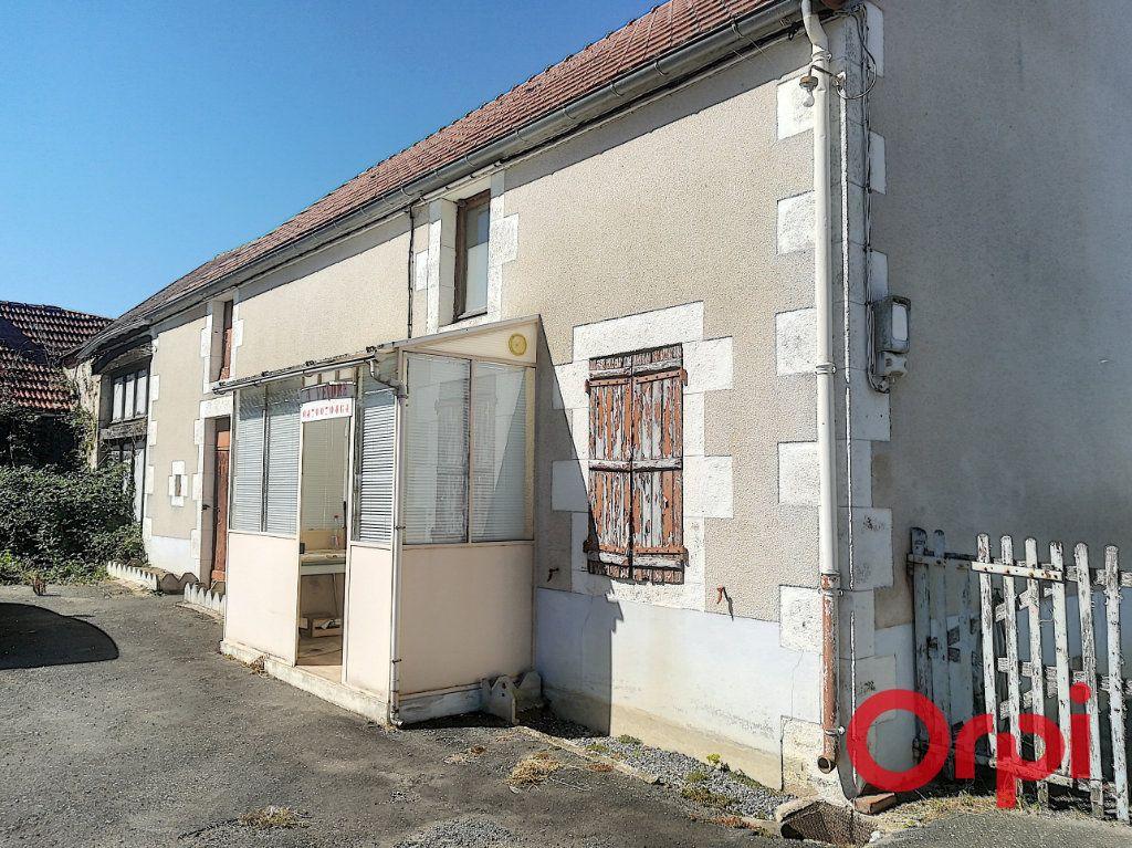 Maison à vendre 3 45m2 à Saint-Sauvier vignette-1