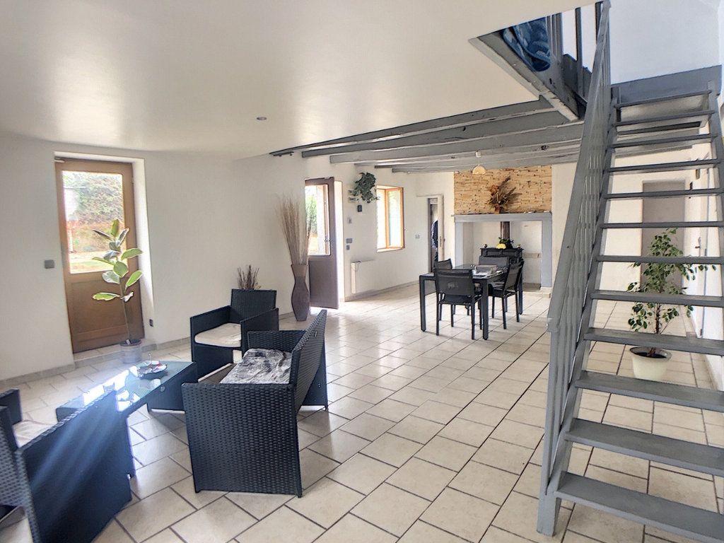 Maison à vendre 3 110m2 à Le Brethon vignette-3