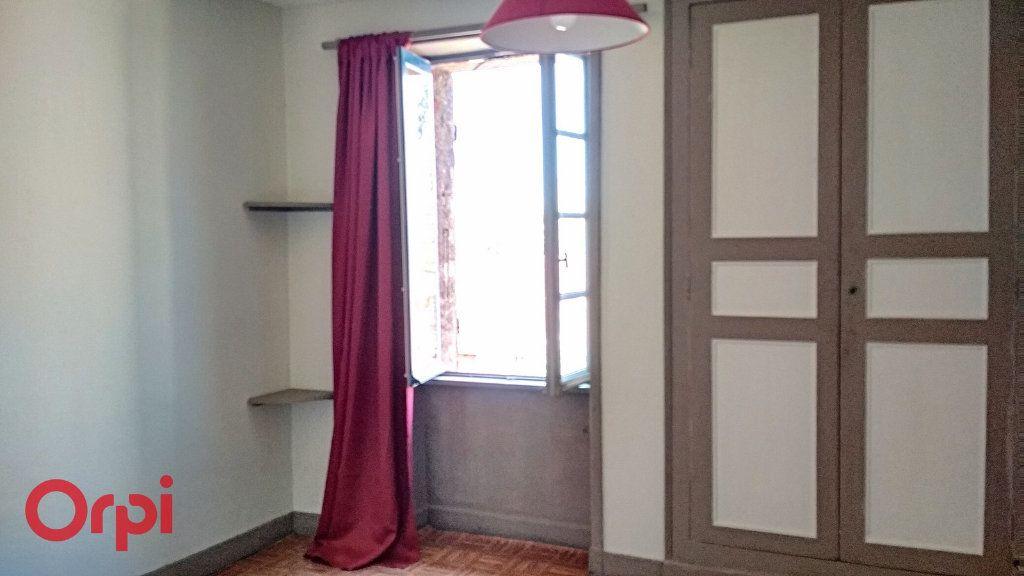 Maison à vendre 5 115m2 à Villefranche-d'Allier vignette-9