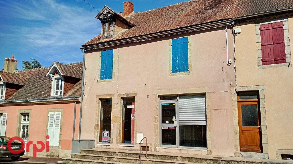 Maison à vendre 5 115m2 à Villefranche-d'Allier vignette-17