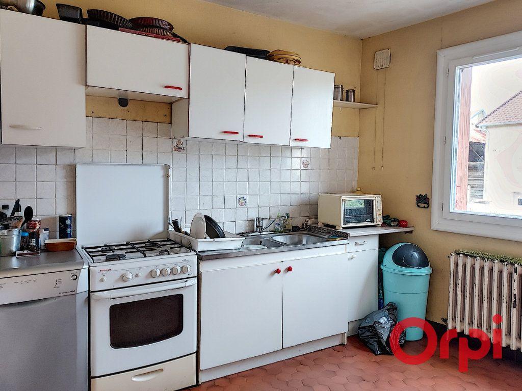 Maison à vendre 9 150m2 à Vallon-en-Sully vignette-3