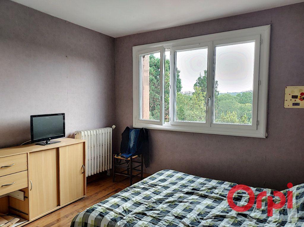 Maison à vendre 9 150m2 à Vallon-en-Sully vignette-4