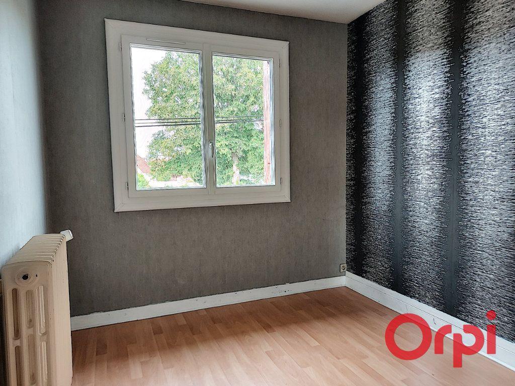 Maison à vendre 9 150m2 à Vallon-en-Sully vignette-6