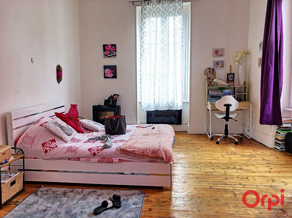Appartement à vendre 5 80m2 à Montluçon vignette-4