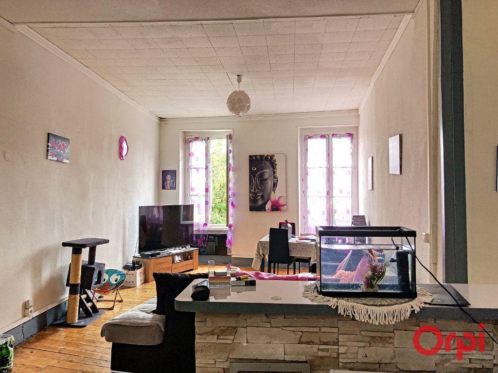 Appartement à vendre 5 80m2 à Montluçon vignette-5