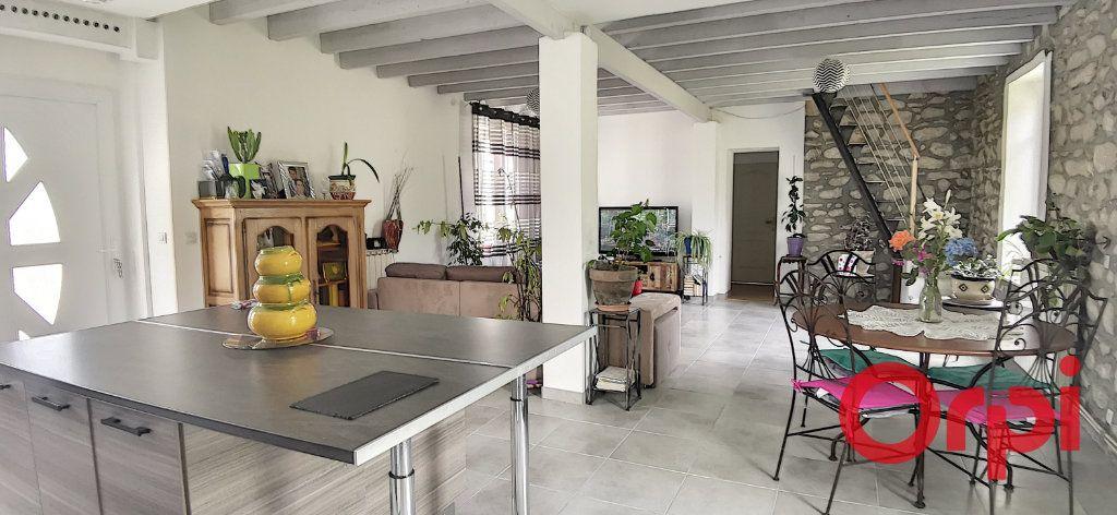 Maison à vendre 6 135.43m2 à Bézenet vignette-1
