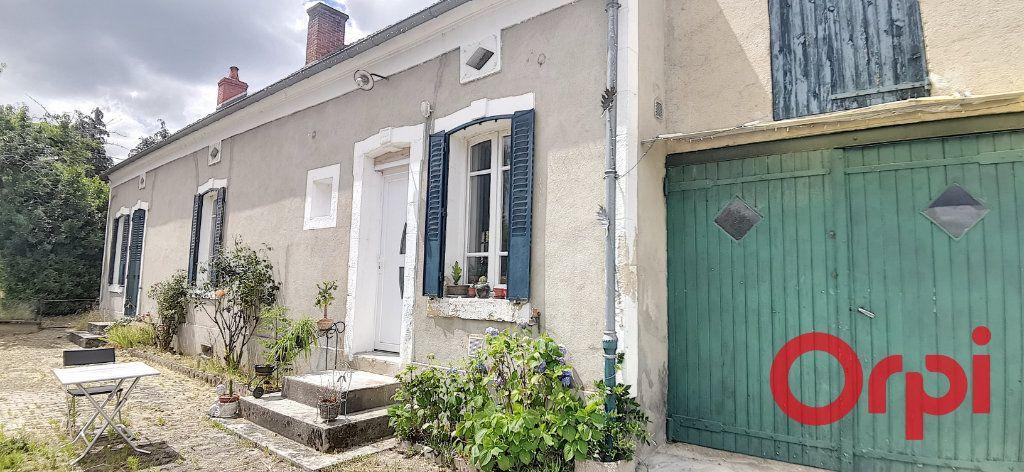 Maison à vendre 6 135.43m2 à Bézenet vignette-2