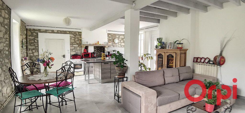 Maison à vendre 6 135.43m2 à Bézenet vignette-4