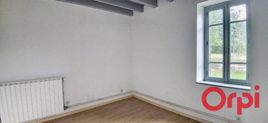 Maison à vendre 6 135.43m2 à Bézenet vignette-6
