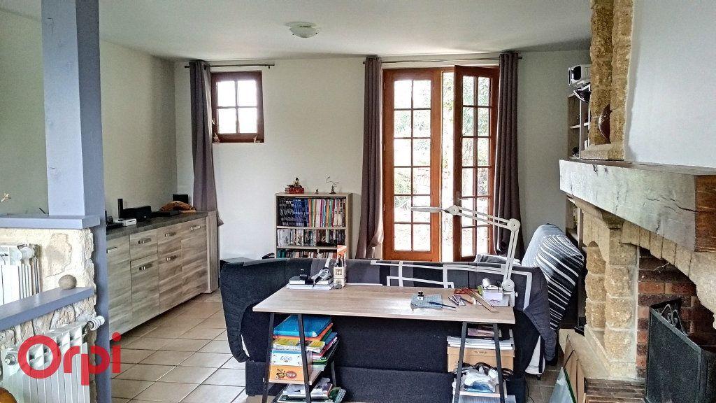 Maison à vendre 4 100m2 à Bézenet vignette-6
