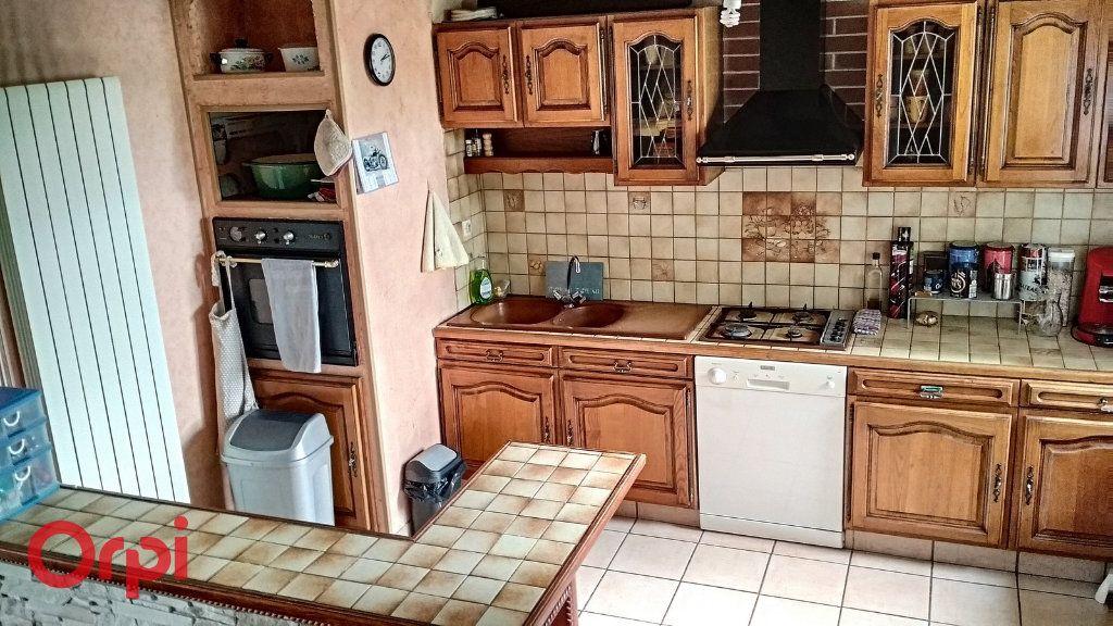 Maison à vendre 4 100m2 à Bézenet vignette-9