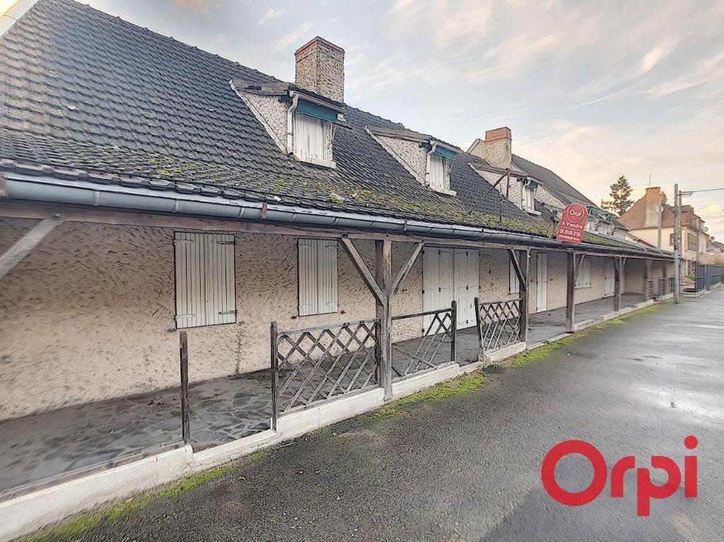 Maison à vendre 10 290m2 à Reugny vignette-1