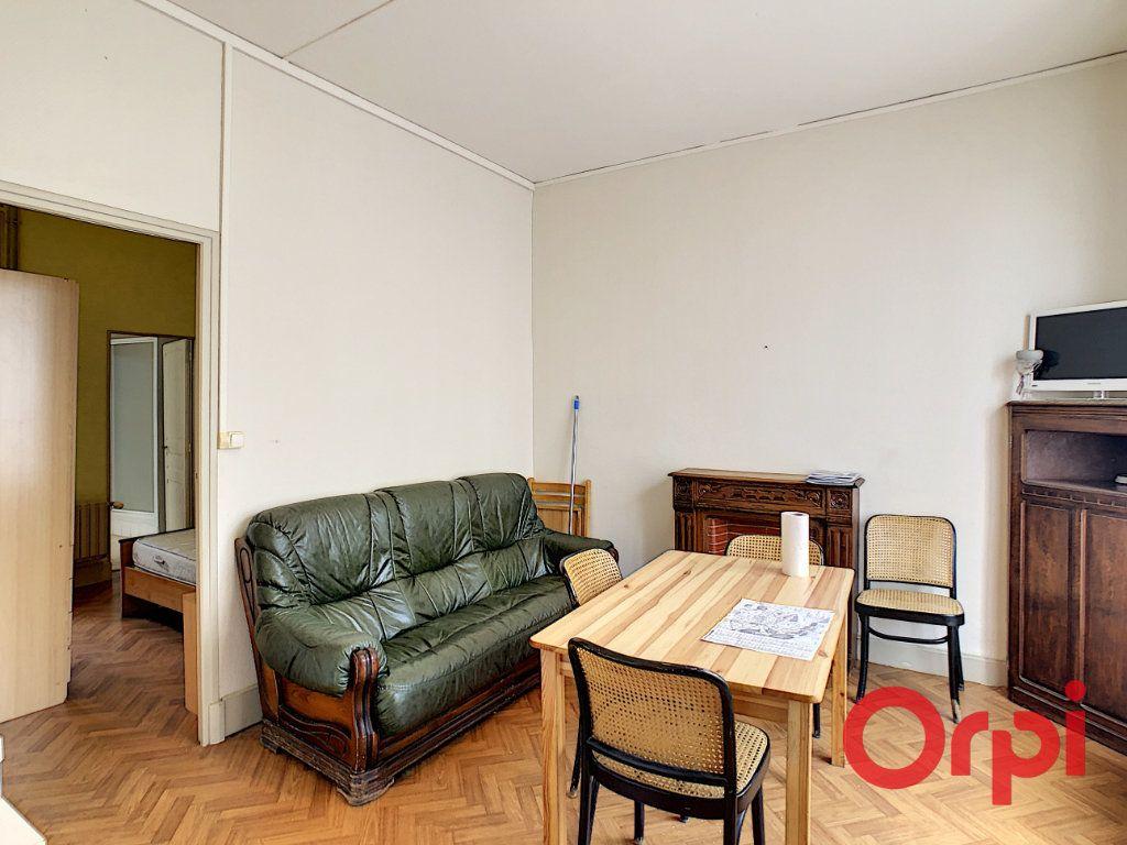 Immeuble à vendre 0 107.1m2 à Néris-les-Bains vignette-9