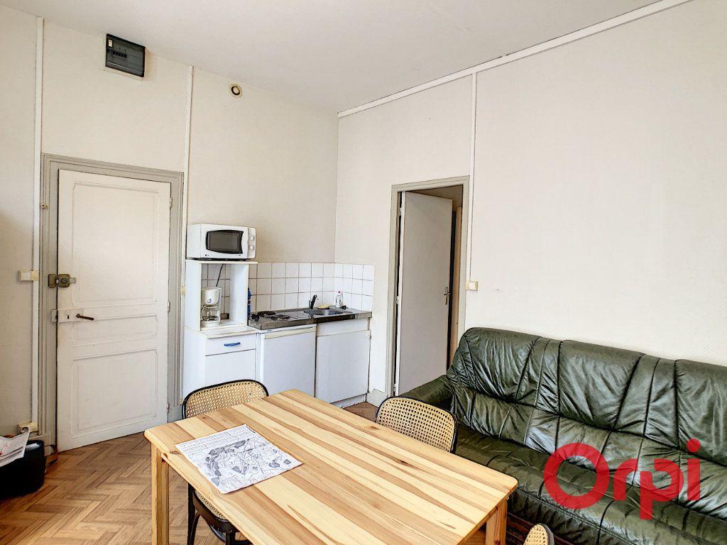 Immeuble à vendre 0 107.1m2 à Néris-les-Bains vignette-10