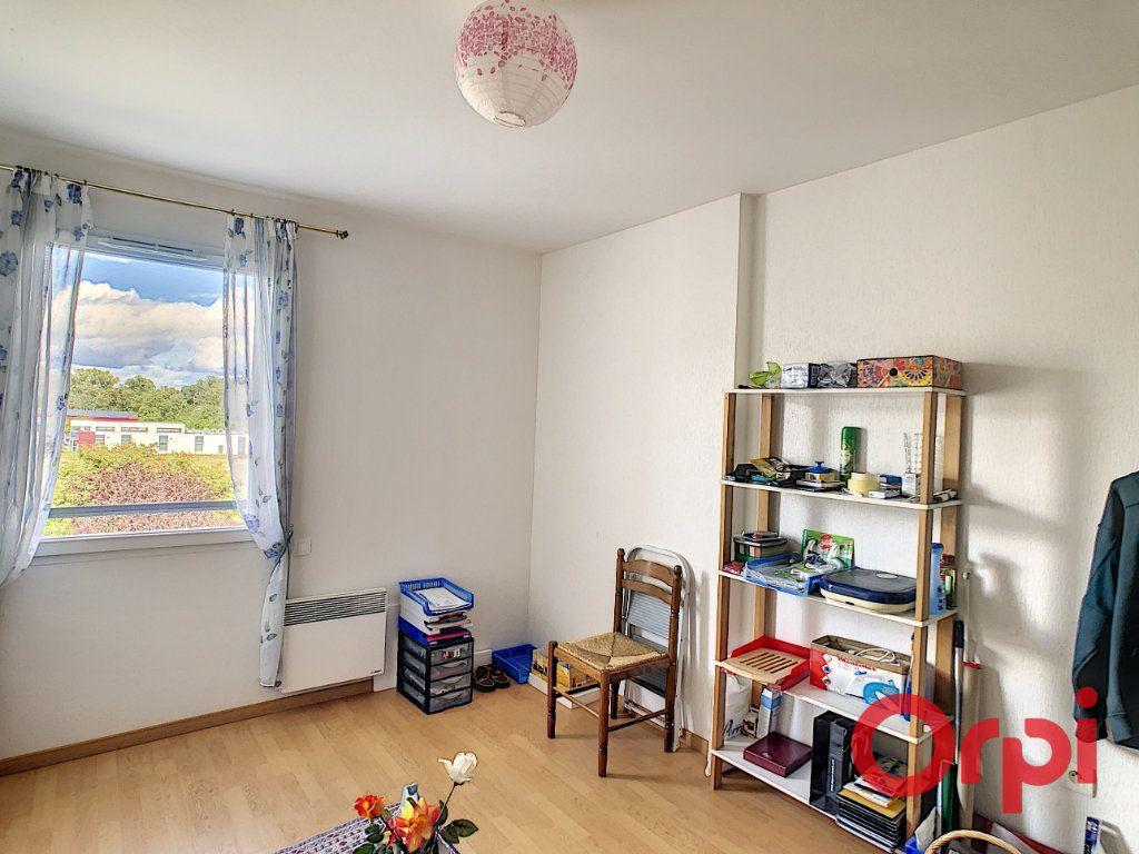 Appartement à vendre 3 61.26m2 à Montluçon vignette-8