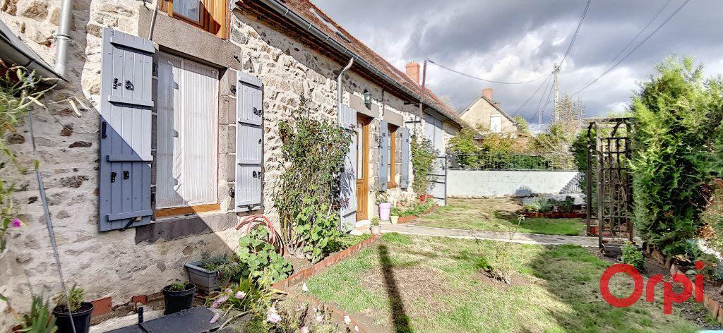 Maison à vendre 5 110m2 à Voussac vignette-2