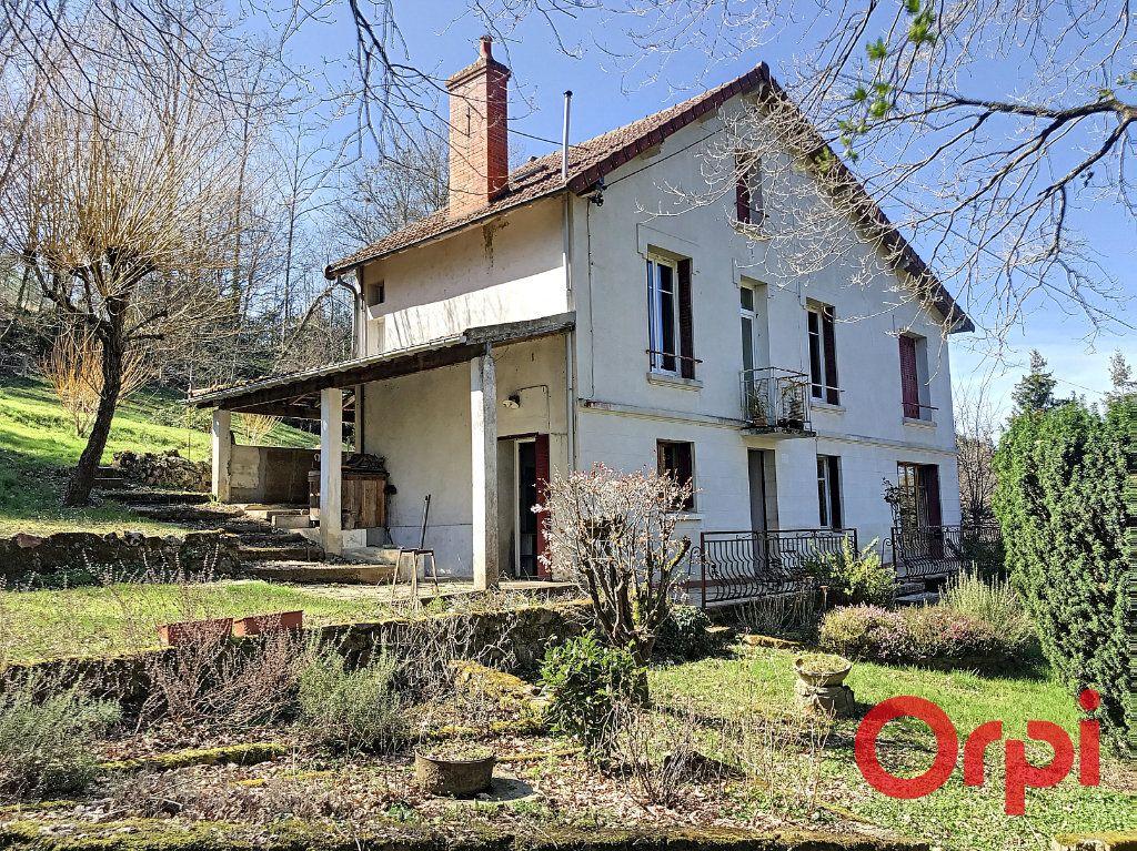 Maison à vendre 8 155.17m2 à Néris-les-Bains vignette-2