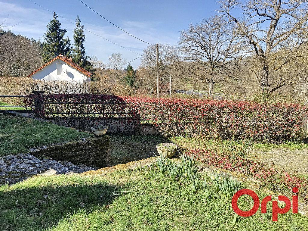 Maison à vendre 8 155.17m2 à Néris-les-Bains vignette-3