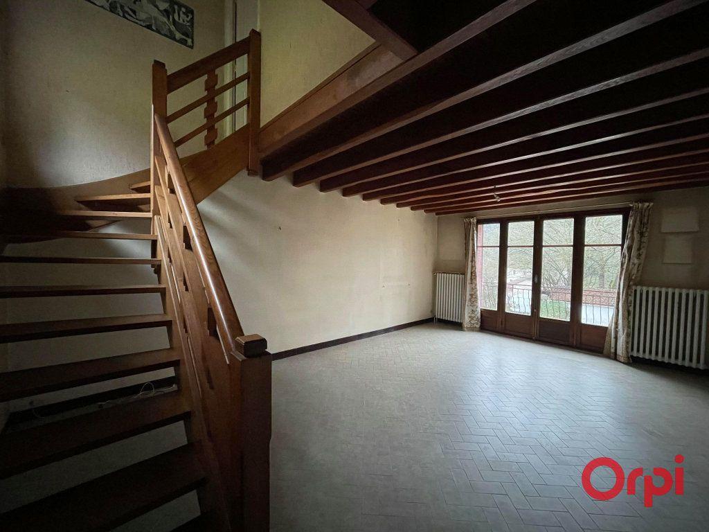 Maison à vendre 8 155.17m2 à Néris-les-Bains vignette-5
