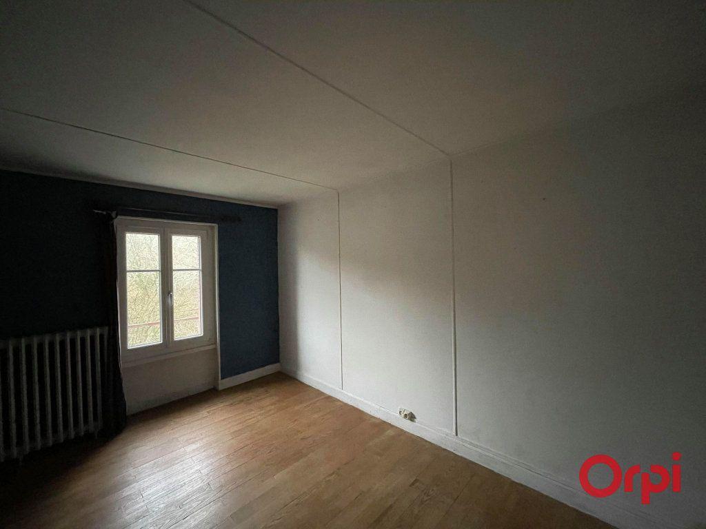 Maison à vendre 8 155.17m2 à Néris-les-Bains vignette-9