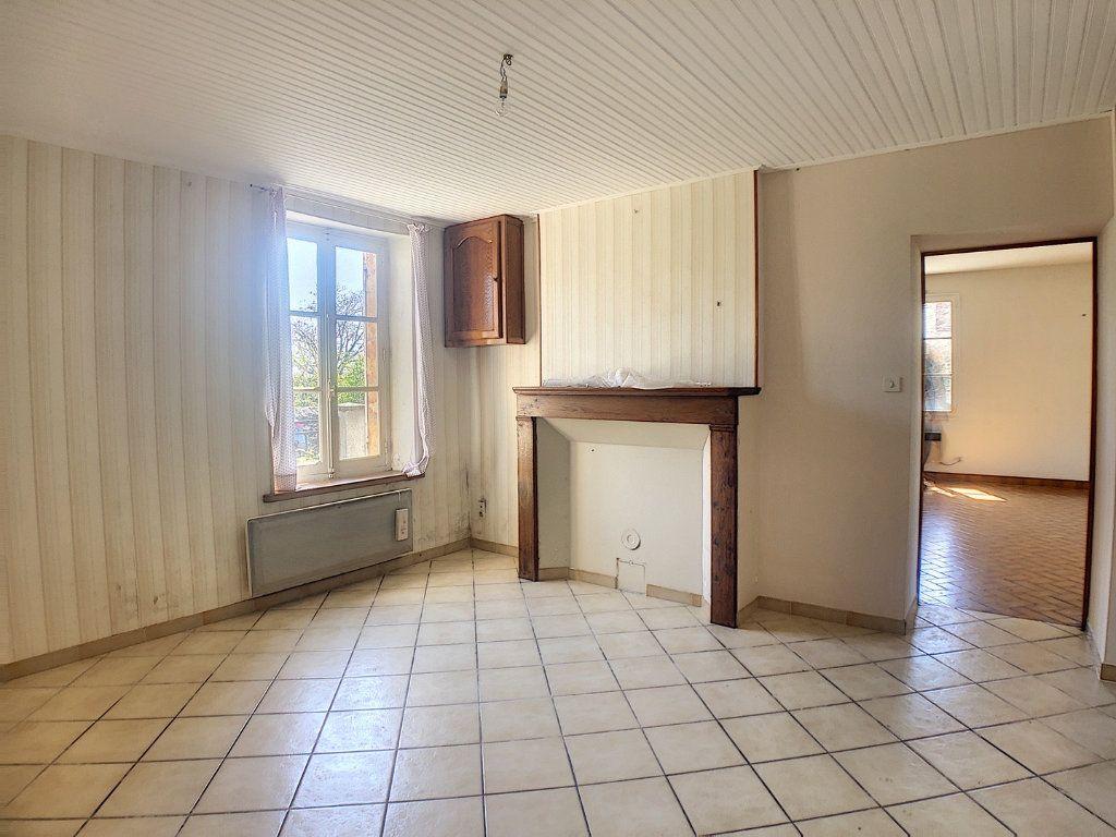 Maison à vendre 6 162m2 à Vallon-en-Sully vignette-6