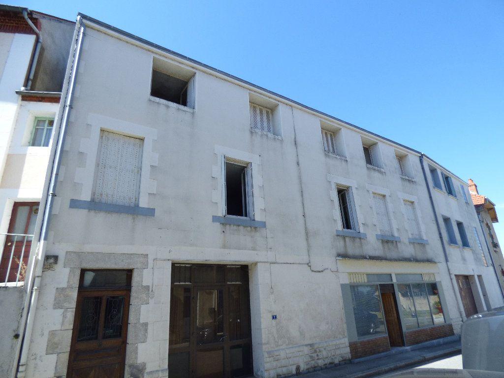Maison à vendre 12 315m2 à Évaux-les-Bains vignette-2