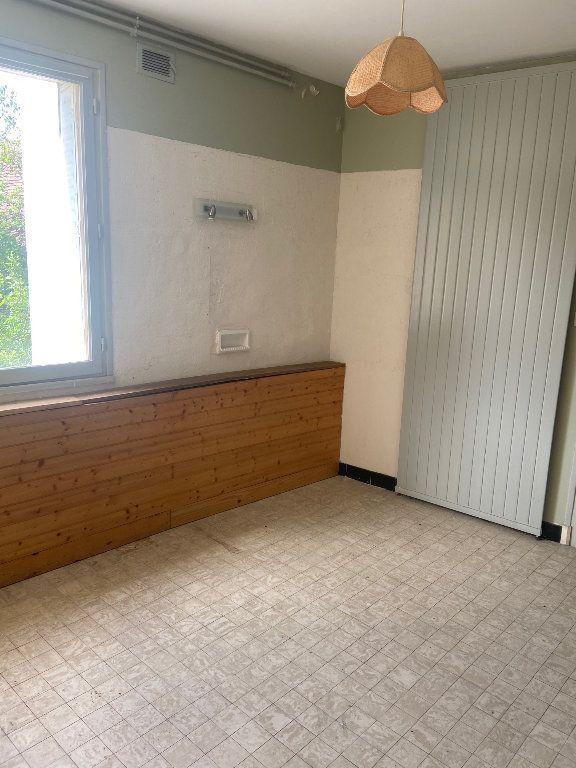 Maison à vendre 12 315m2 à Évaux-les-Bains vignette-11