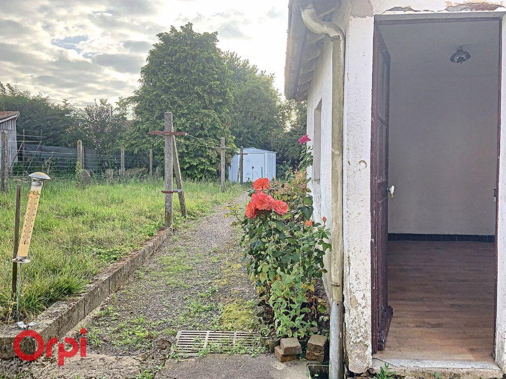 Maison à vendre 3 50m2 à Montmarault vignette-10